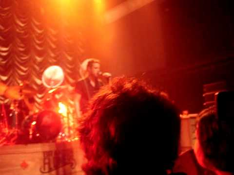 Brandon Flowers - Boots (The Killers Christmas Single) Live At The 930 Club