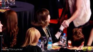 [Fancam] SNSD Taeyeon and DJ Doc @ 101209 Golden Disk Awards - Stafaband