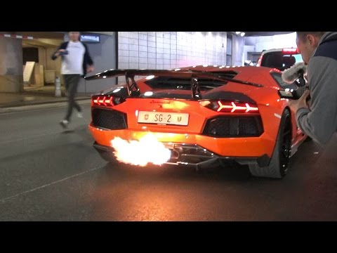 LAMBORGHINI AVENTADOR TOO LOUD FOR POLICE!