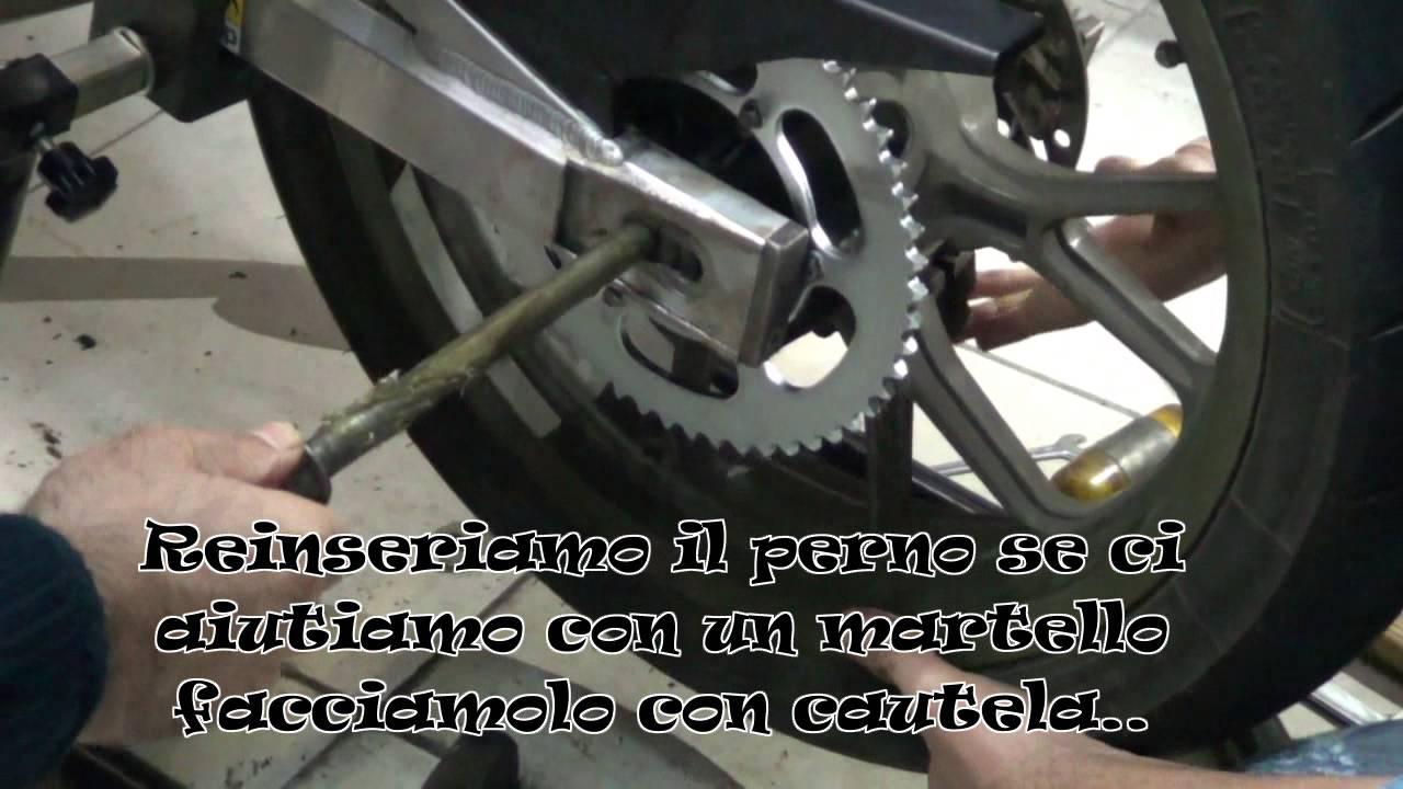come cambiare catena moto (videoguida) - youtube
