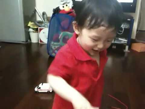 被巧虎電光毒龍鑽的小子 - YouTube