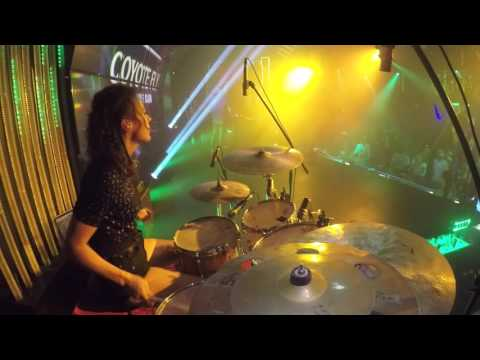 Nightclub drumming - Nelli Bubujanca - Coyote Fly club