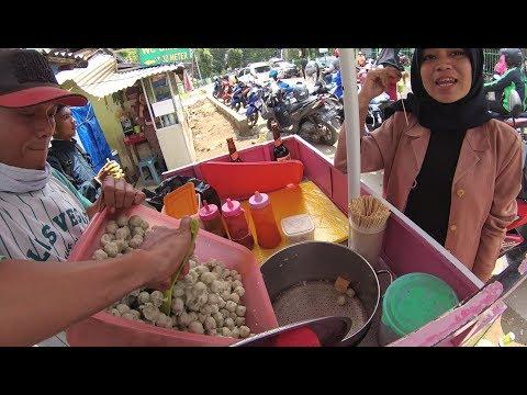 Indonesia Palembang Street Food 3653 Cilok Macan Mamang Cantik YDXJ0794