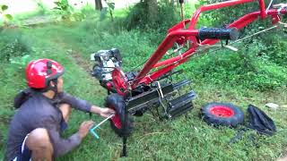 Download Video traktor mini segala medan MP3 3GP MP4