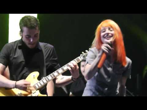 Paramore - Anklebiters (2013.06.17. Budapest, Hungary)