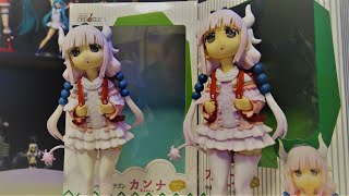 $25 Fake Anime Figure vs $100 Real Anime Figure: Whats the Difference?