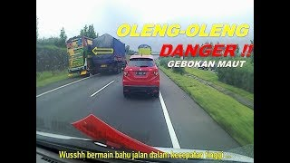Download Video Bikin Heboh !! Bus kancil berlari oleng kesana kemari .. MP3 3GP MP4