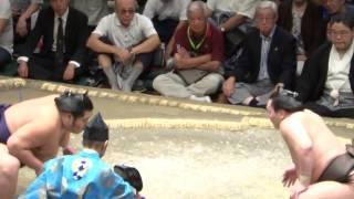 20130921 大相撲秋場所7日目 白鵬 vs 千代大龍.