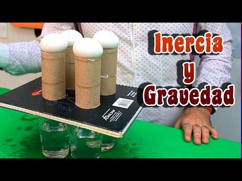 Experimento sobre inercia y gravedad usando huevos