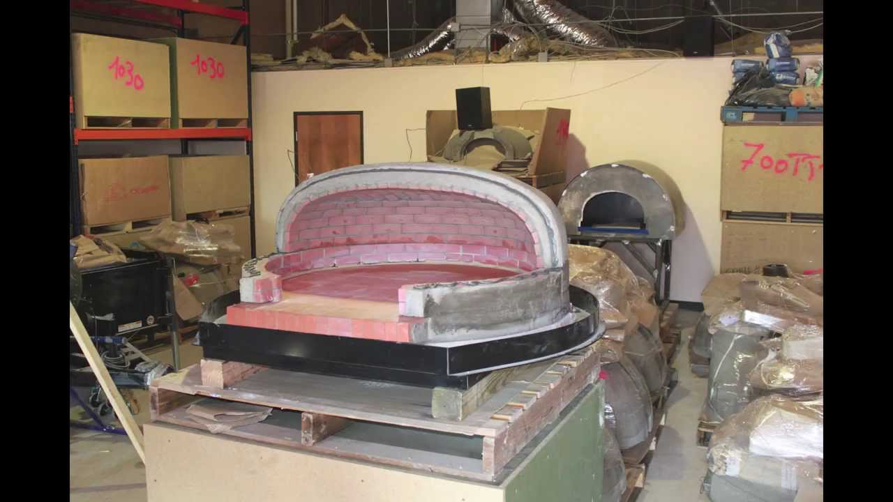 Assembly Of A Four Grand Mere 950 Brick Wood Fired Oven By
