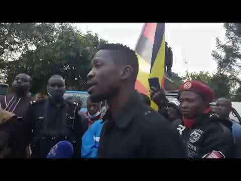 Bobi Wine's Morning Presser After Spending The Night In His Car !!!!!!!