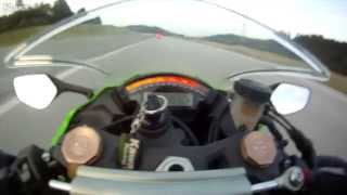 Full Speed Bike...Zx-10 being overtaken by an audi at 300kmph........