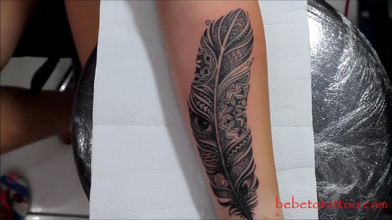 Bebeto Tattoo Studio Tatuagem De Pena No Braço Black Work Tattoo Feather Tattoo