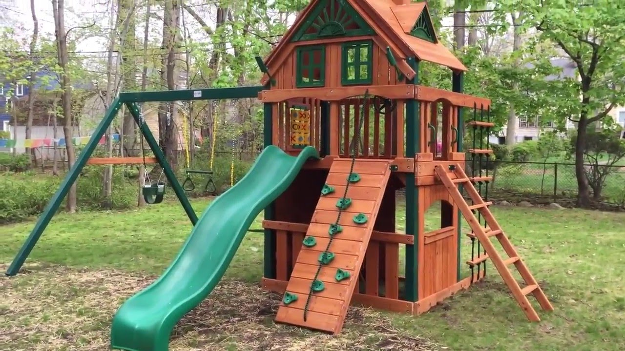 gorilla chateau ii clubhouse treehouse playset u0026 swing set youtube