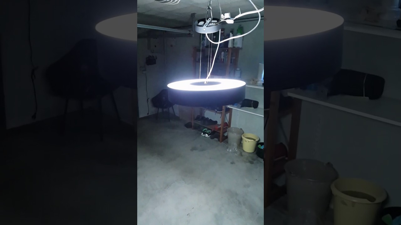 Plafoniera Led Philips My Living : Test philips hue white ambiance led fair pendant light youtube