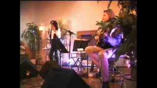 Смотреть клип Whitesnake - Can't Go On