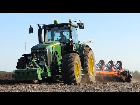 John Deere 8530 Working In The Field Ploughing W/ 6-Furrow Kuhn Vari-Master 183 | DK Agri