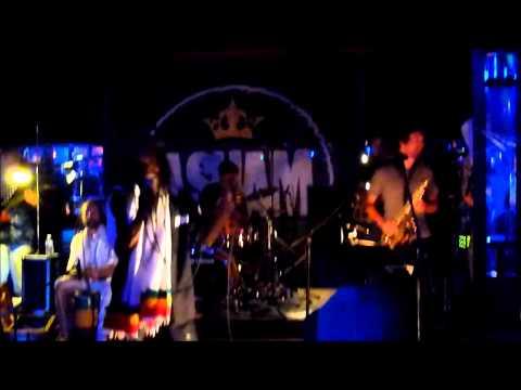 Sylford Walker & Asham band live 'Chant down Babylon' Spiegeltent,23-07-2013,Antwerpen