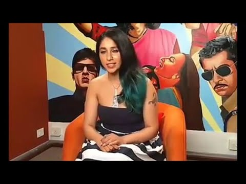 Watch video: Neha Bhasin reveals her...