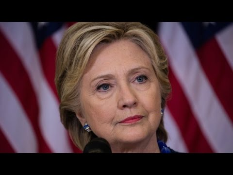 FBI reviewing new Clinton emails