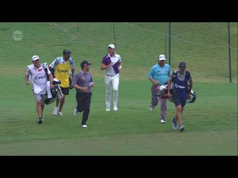 Why elite golfers raced to their shots at a major championship