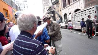 Animal expert Jack Hanna signing autographs at Letterman Zookeeper