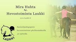 Kuukauden Yrittäjä: Mira Huhta - Hevostoiminta Laukki