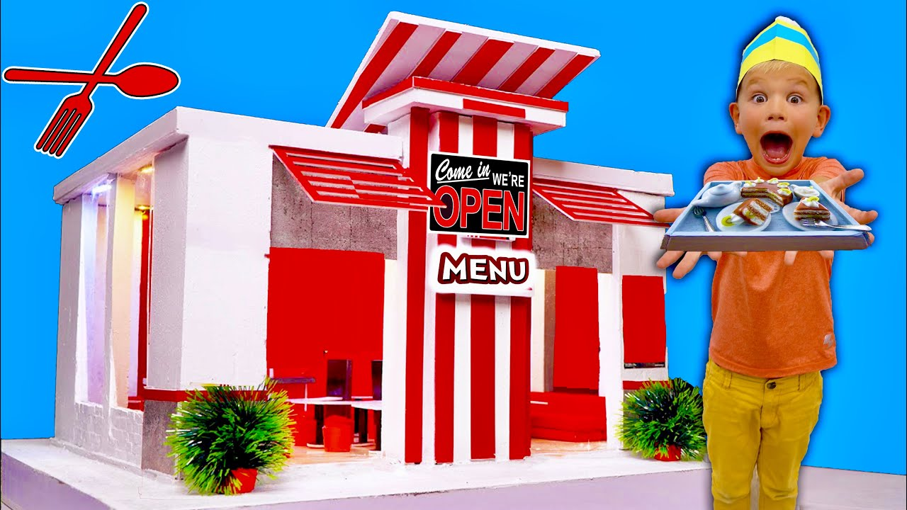 Made A ReAl BoX Fort Mini Super Fast FoOd Restaurant!
