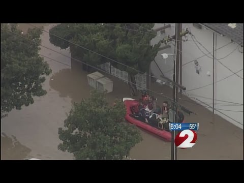 Hundreds rescued from California floodwaters in San Jose