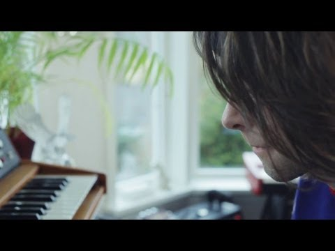 Alexander von Mehren - La Chanson de Douche (official video)