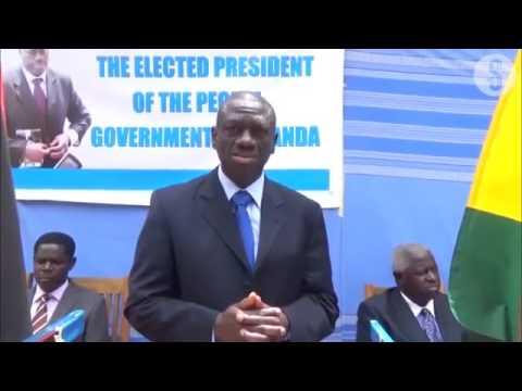 Besigye 'sworn in' as Uganda President day before Museveni's ceremony