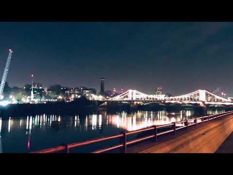 NIGHT WALK AROUND RIVERSIDE LONDON  2020 - 4K #LondonEye #AlbertBridge #ChelseaBridge