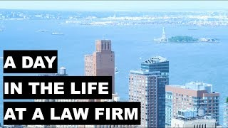 A Day in the Life of a Lawyer | Summer Associate Edition(, 2018-06-29T01:23:53.000Z)