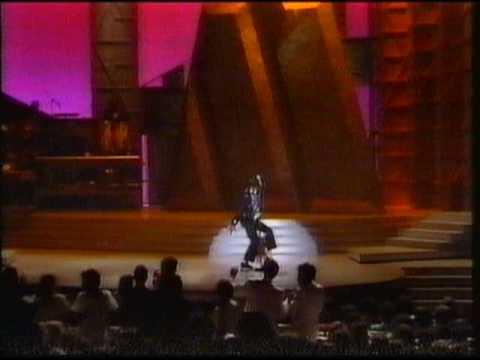 Clive James Talks About Michael Jackson
