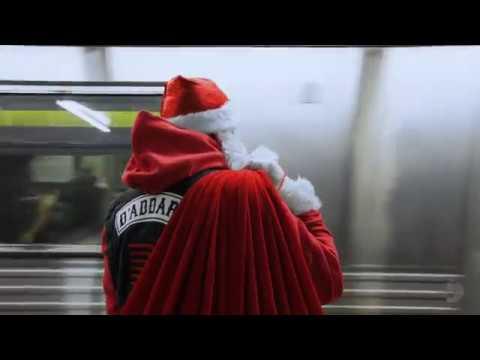 """Saint"" Nick D�rio: Subway Santa"