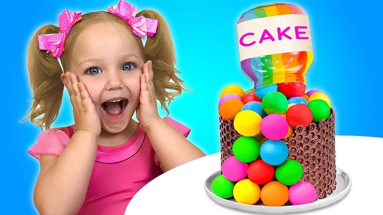 Sasha juega al desafío Pop It y decora un pastel con tus amigos. El suelo es un desafío de lava