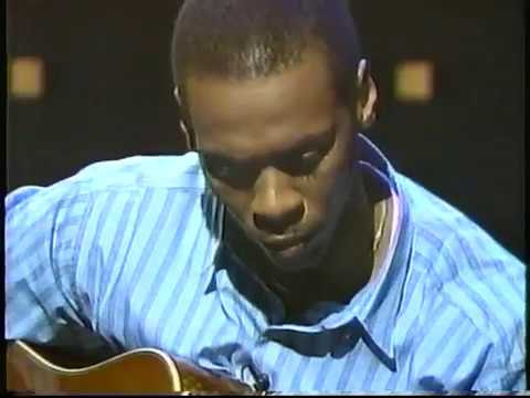 """Kevin Eubanks guitar solo """"In A Few"""""""