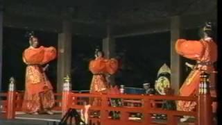 「陪臚破陣楽」ともいう。 武舞の代表的な曲。 聖武天皇(在位724~...