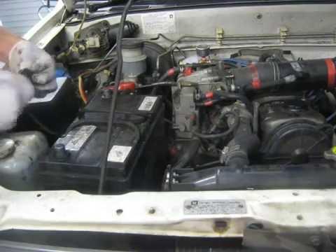 Old film - Holden Rodeo/Isuzu pickup fuse box ground - YouTube
