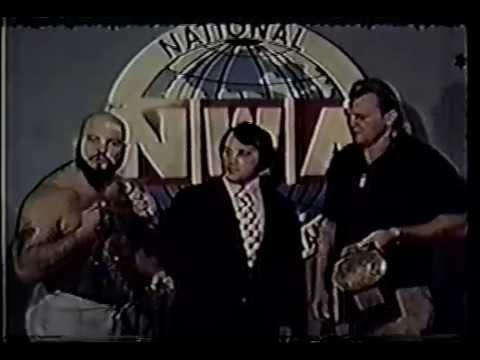 David Crockett interviews Ivan Koloff and Johnny Valentine 1975