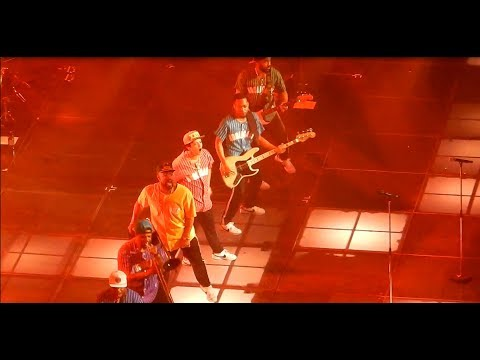 Bruno Mars Dancing (Montreal, Aug 2017)