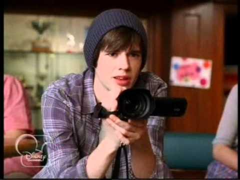 Geek Charming - Bájos törtető promo 2 [Disney Channel Hungary]