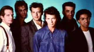 Watch Icehouse Stay Close Tonight video