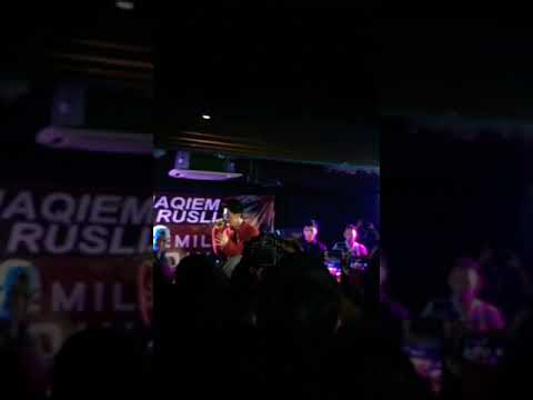 Haqiem Rusli Nangis tgh perform lagu Segalanya . Terharu sbb Qiemilio's! alolo So sweet 💕😍