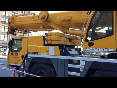 Liebherr LTM 1055 mobile crane up close