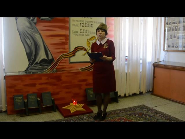 Изображение предпросмотра прочтения – ЕленаФилиппова читает произведение «Тыловой госпиталь» К.М.Симонова