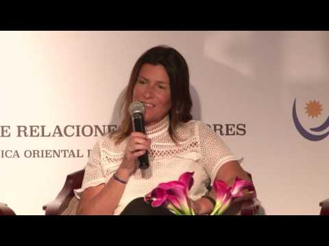 Panel: Uruguay y la Región: Contexto Económico, oportunidades y desafíos para las empresarias