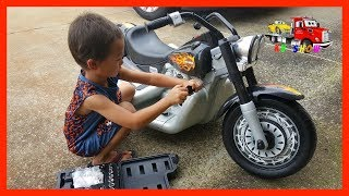 Fixing The Powered Ride On Harley Davidson Cruiser on KV Show Pretend Play - Stafaband