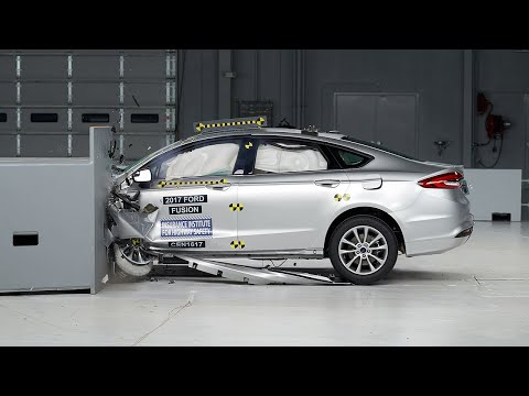 2017 Ford Fusion driver-side small overlap test