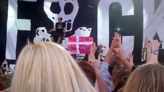 All Time Low - Weightless and Dear Maria live in Copenhagen (2013) HD
